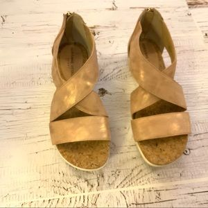 Adrienne-Vittadini-rose-gold-sport Claud-sandal
